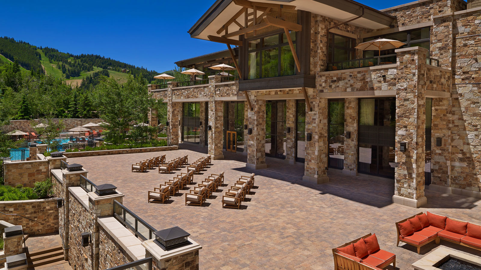 Large Meetings - The St. Regis Deer Valley
